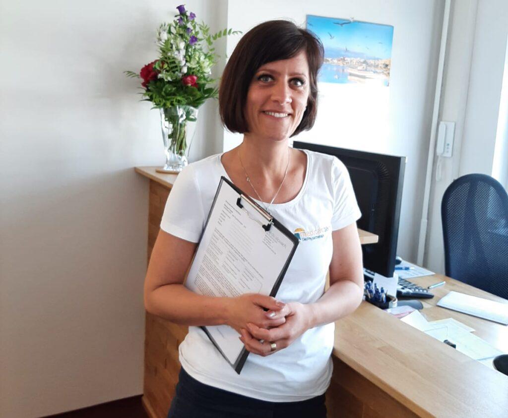 Frau Waesche - Empfang und Sekretärin